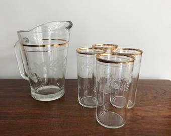 Grapevine Pitcher and Glasses