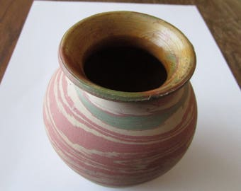 Vintage Silver Springs Florida Swirl Pottery Vase Souvenir