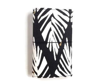 Fauxdori. Fabric Travelers Notebook. Gifts for Teens. Gifts for Her. Planner Cover. Black and White Notebook Cover. Fabric Midori. LYDIA