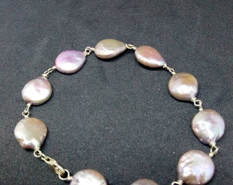 Nickel-free bracelet with freshwater pearls
