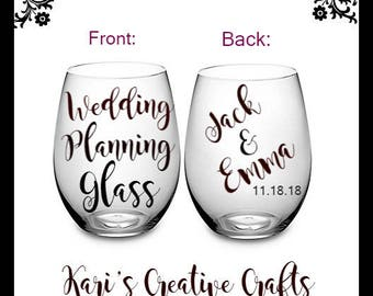 Wedding Planning Wine Glass, Engagement Gift, Engagement Glass, Proposal, Bride to be, Future Mrs, Wedding Planning, bride wine glass