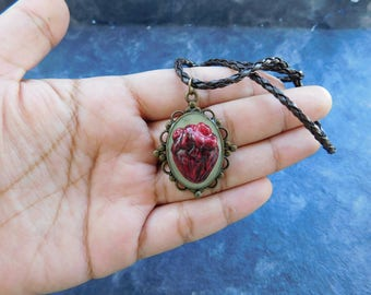 Anatomical heart cameo necklace