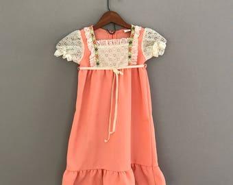 Size 3T Vintage Prairie Dress, Peach Child Dress