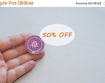 Round brooch, Purple pin, Hand-painted mandala, Round pin, Purple brooch, Disk pin, Purple pin badge, Mandala pin