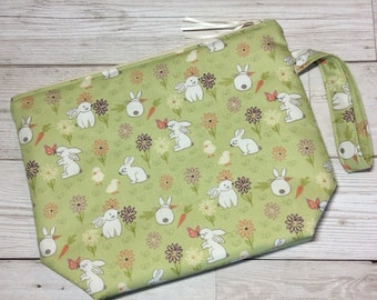 Small zipped project bag - Spring Bunnies