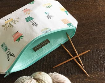 Pot Plants 2 Skein Size STURDY Textured Linen Cotton Mint Zip Project Bag with Handle for Knitters & Crafters