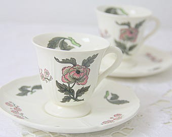 Set of Two Vintage Wedgwood 'Mandarin' Porcelain Demitasse Cups and Saucers, England