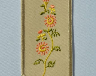 beige flowers bookmark