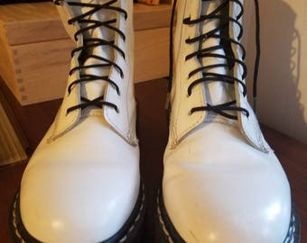 Dr. Martens Made in England Vintage 8 Eye White Smooth Leather Boots Size 5UK = 6US Men's / 7US Women's