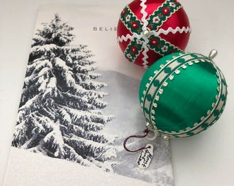 Vintage Handmade Christmas Ornaments Set of 2 1970's Red, White and Green