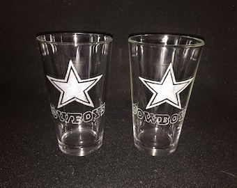 2 Hand Etched Dallas Cowboys Pint Glasses!