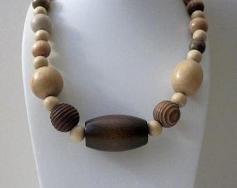 ON SALE Vintage Chunky African Wood All Natural Stained Necklace 31217