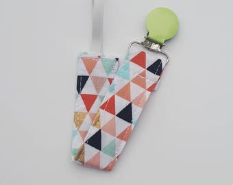 Triangle Pacifier Clip- Gender Neutral, Pacifier Clip, Pacifier Holder, Baby Accessories, Pacifier Clip Boy, Pacifier Clip Girl, B3G1