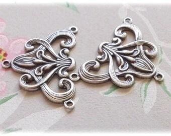 2Pcs Antique silver Art Nouveau 3 ring floral Lily Connectors Stampings