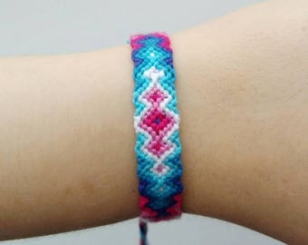 "knotted friendship bracelet ""Blue and Pink""     ~ Ethno ~ Boho ~ embroidery floss ~ festival bracelet  ~ hippie bracelet  ~"