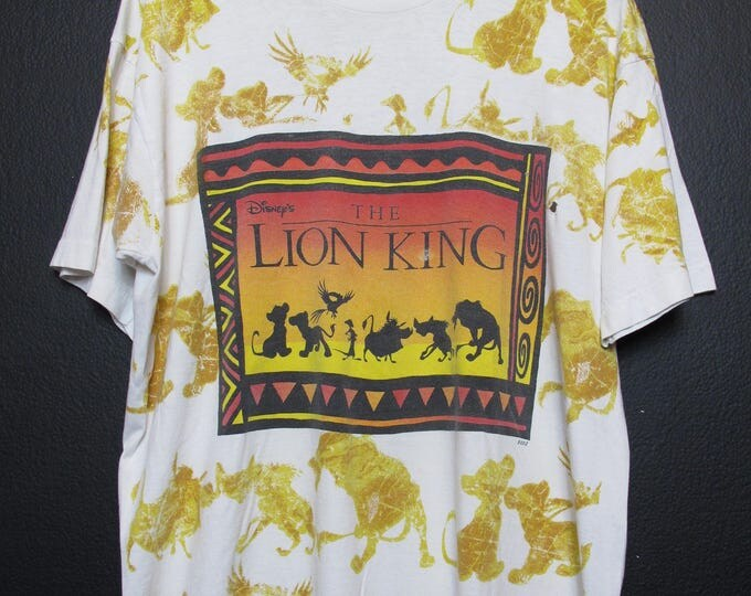 Disney The Lion King All Over Print 1990's vintage Tshirt