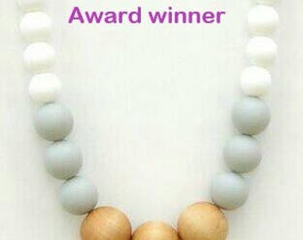 organic teething necklace for moms, silicone teething necklace moms, nursing necklace, breastfeeding necklace, wooden beads teething mom