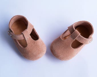 Pink Baby Shoes, Baby Moccasins, Leather Baby Girl Shoes, Toddler Girl Shoes, Newborn Mary Jane, Infant Crib Shoes, Coming Home Outfit