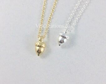 Inspired by Ice Age Necklace - Oak Tessel Necklace - Nut Necklace - Inspired by Ice Age Jewelry - Nut Jewelry - Oak Jewelry - Oak Gland