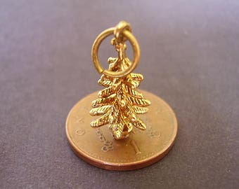 9ct Gold 3D  CHRISTMAS TREE charm