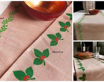 "Green Ivy Leaf or Mistletoe Natural Jute Cotton Blend Table Runner 13"" x 108"""
