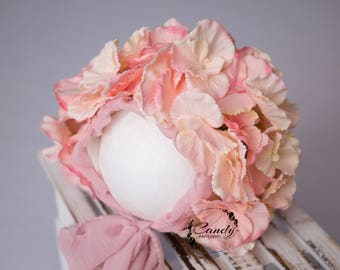 Newborn bonnet, flower bonnet, flower hat, phtoprops, photography prop, newborn, flower crown, props shoot
