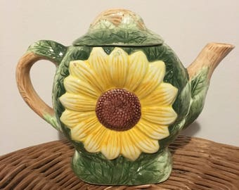 Sunflower Medium Size Teapot