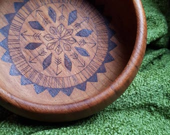 Tribal trinket dish, wood burned teak bowl, pyrography bowl, Pocahontas tribal pattern, trinket bowl, jewellery tray, tribal nursery decor