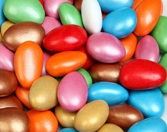 Coloured Sugar and Chocolate Coated Almond Candy Dragee