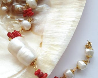 Red coral and White Pearl bracelet