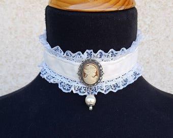 Velvet Choker, Cameo Choker, Victorian Choker, Lolita choker, Victorian Wedding Collar, Victorian Jewelry, Classic Lolita, Lace Choker