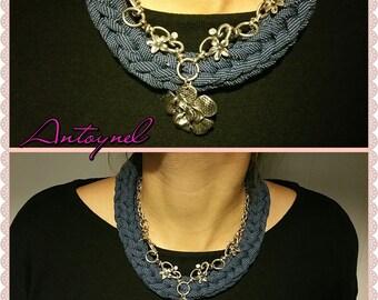 trapillo Necklace blue jeans