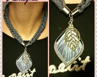 Blue leaf trapillo necklace