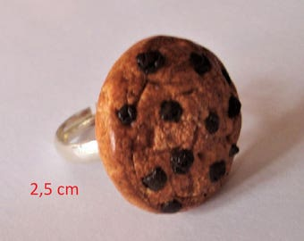 ring made with polymer clay Golden cookies and turquoises Nuggets of chocolate coustillant