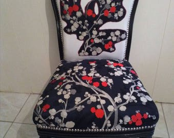 Napoleon III antique chairs, in a Japanese style