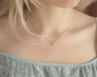 Triangle Necklace, Geometric Necklace, Dainty Geometric Gold Necklace, Tiny Geometric Necklace, Gold Triangle Necklace for Her Hipster Gift