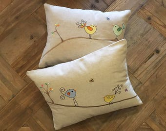PILLOWS/Pillow Bird