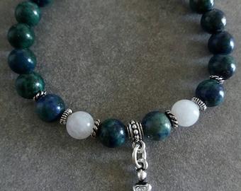 Bracelet énergetisé Fertilité en chrysocolle, pierre de lune et déesse de la fertilité