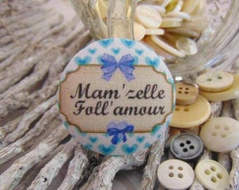 1 button x 38mm Mam 'Miss Lee' fabric love BOUT1