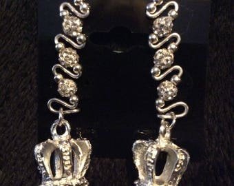 Silver disco pave beads with silver Mardi Gras crown charm