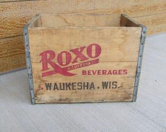 Vintage Roxo Waukesha Beverage Wooden Crate