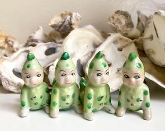 Vintage set of 4 pixies elves crawling green polka dots hand painted made in japan miniature figurines collectibles Christmas decor