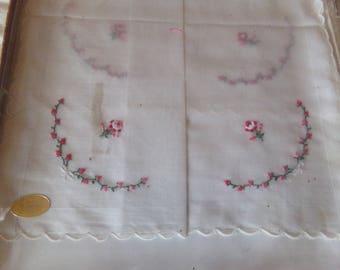 Vintage Set of 4 Embroidered Handkerchiefs