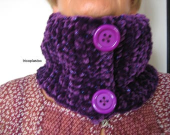 Cowl, snood, Eggplant color [a] tricoplastoc chenille yarn, hand crocheted scarf