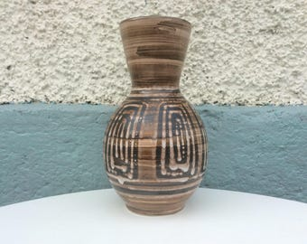 Large Rye Pottery/British Studio Pottery large vase