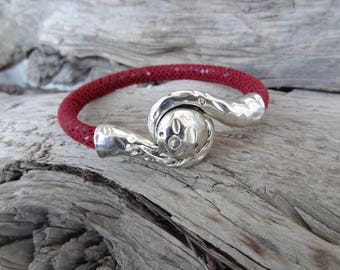 EXPRESS SHIPPING,Womens Snake Skin Bracelet,Burgundy Bracelet,Cuff,Bangle Bracelet,Magnetic Bracelet,Gifts for Girlfriend,Mother's Day Gift