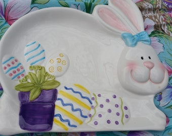 FAST FREE SHIPPING Easter Bunny Ceramic Plate