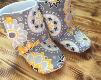 Yellow Floral Booties - Stay On Booties -Baby Girl Slippers - Baby Fall Boots - Snap Booties - Baby Booties - Girl Boots - Baby Shower Gift