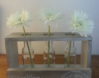 3 decorative bud vases