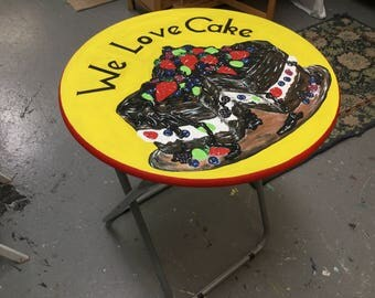 We Love Cake table